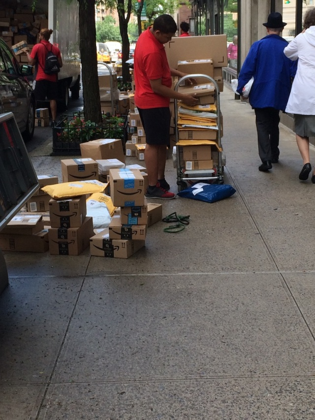 Amazon boxes NYC 564